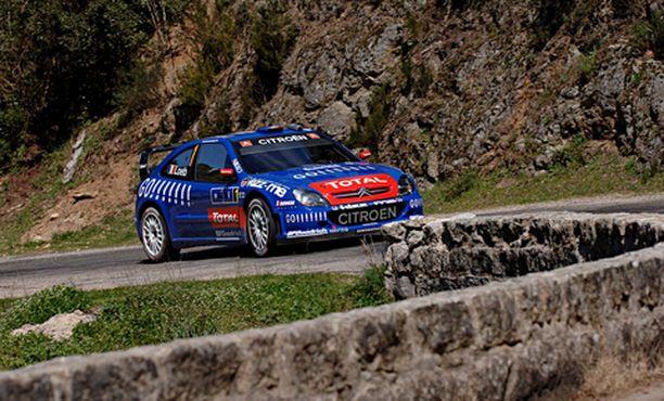 MENI MENOJAAN Sebastian Loeb kellotti tänä vuonna kuusi pohja-aikaa Korsikan rallissa.