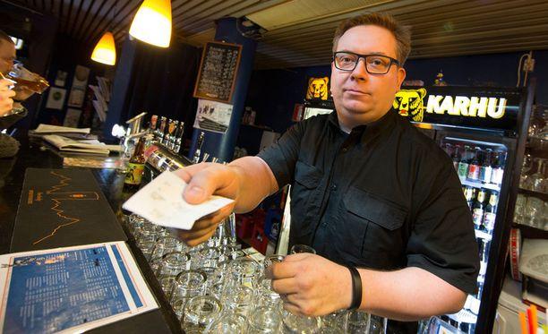 Sakari Lemmetyinen on toiminut Cosmic Comic Cafen yrittäjänä vuodesta 2006.