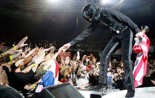 Michael Jacksonilla on vieläkin faneja.