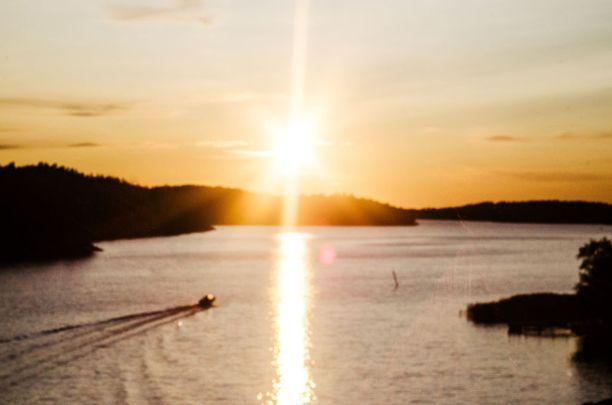 Suomen saaristosta löytyy paljon kiinnostavia purjehdus- ja veneilyreittejä.