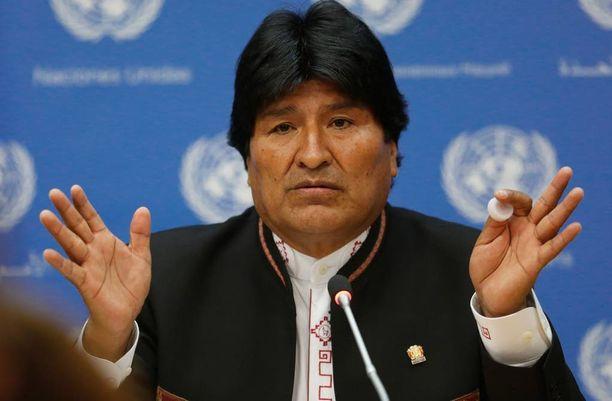 Presidentti Evo Morales halusi tavata lapsensa. Oikeudelle esitelty poika ei kuitenkaan ollut hänen.