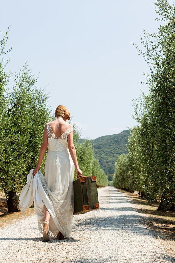 Itsensä kanssa naimisiin meneminen on monelle naiselle tapa osoittaa arvostavansa itseään ja haluavansa vain toimivan suhteen.