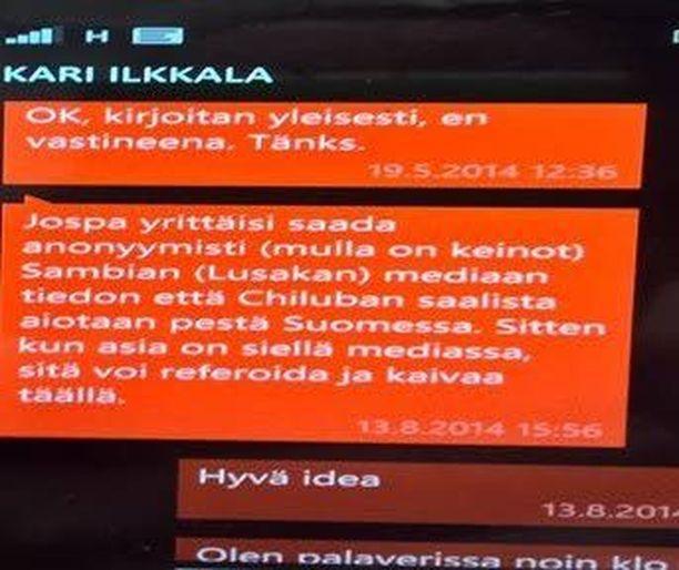 Todistajalausunnon mukaan tämä tekstiviesti osoittaa kaupunginvaltuutettu Kari Ilkkalan junailleen tekaistun rahanpesu-uutisen sambialaismediaan.