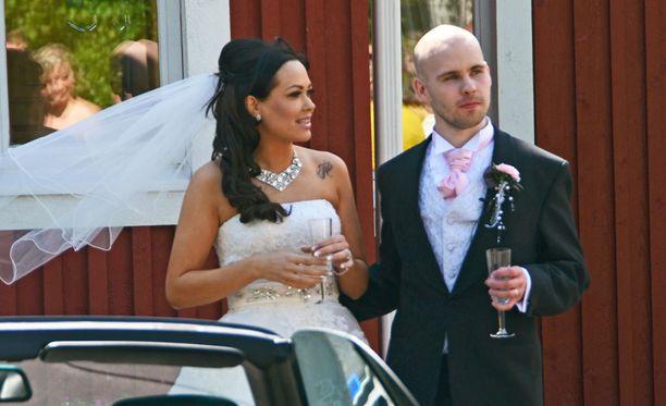 Sari Leppänen ja Joni Rosenblad saivat toisensa illan Satuhäät-jaksossa.