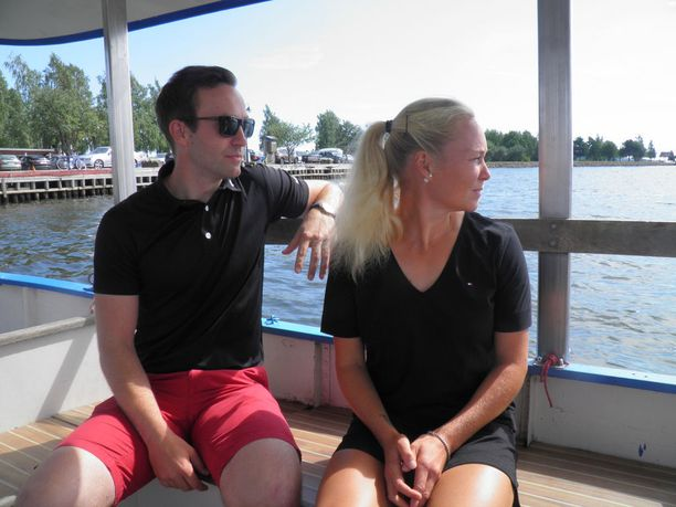 Urheilupariskunta Janne Leppälä ja Emma Laine muutti Haminaan toukokuussa.