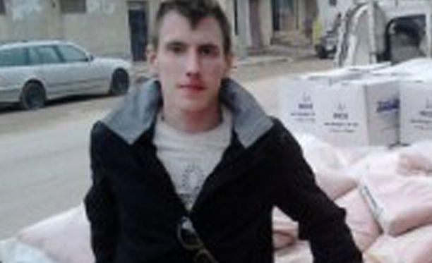 Amerikkalainen Peter Kassig (kuvassa) näkyy mestattuna Isisin viikonloppuna julkaisemalla videolla. Mestaukseen on mahdollisesti osallistunut myös ranskalainen henkilö.