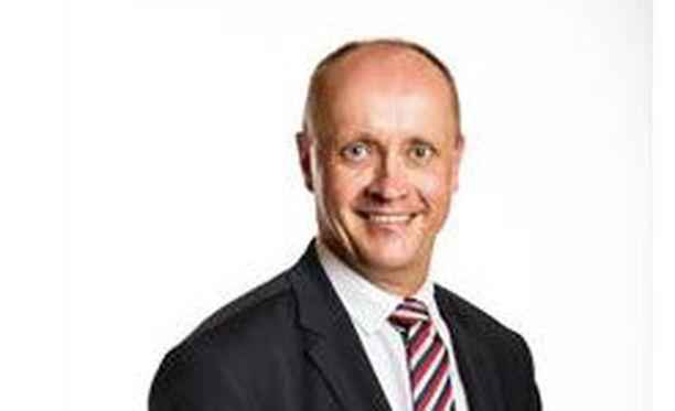 Ulkoasiainneuvos Jukka Siukosaari nousee presidentti Niinistön kansliapäälliköksi.