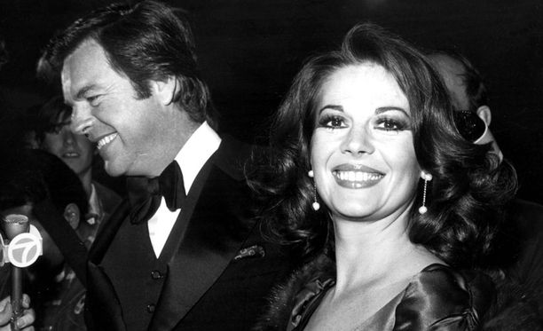 Natalie Wood oli naimisissa tv-tähti Robert Wagnerin kanssa.