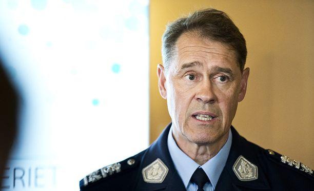 Seppo Kolehmainen pitää tapauksen perusteellista selvittämistä tärkeänä.