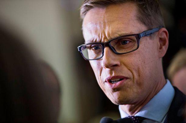 Valtiovarainministeri Alexander Stubb (kok).