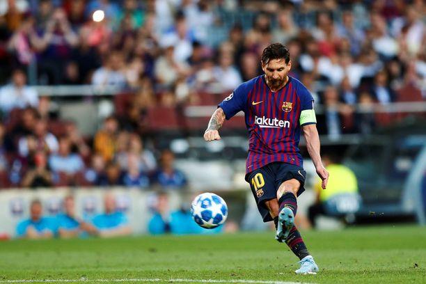 Leo Messi avasi tämän Mestarien liiga -kauden upealla vaparimaalilla.