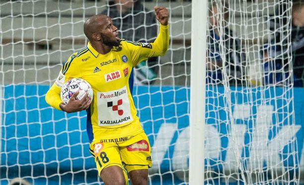 Ousman Jallow viimeisteli HJK:n voittomaalin.
