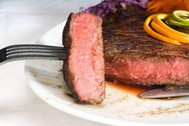 Liiallinen prosessoidun lihan syöminen saattaa sairastuttaa sisäelimet.