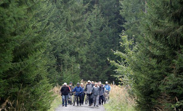 Matkailijat pääsevät nyt taivaltamaan luonnonsuojelualueella.