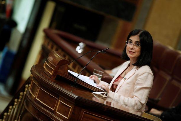 Espanjan terveysministeri Carolina Dariasin mukaan väestöä rokotetaan mahdollisesti vuosittain.