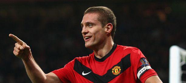 Nemanja Vidic on toiminut myös Manchester Unitedin kapteenina.