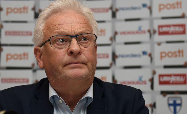 Hans Backe sanoo olevansa kuunteleva valmentaja.