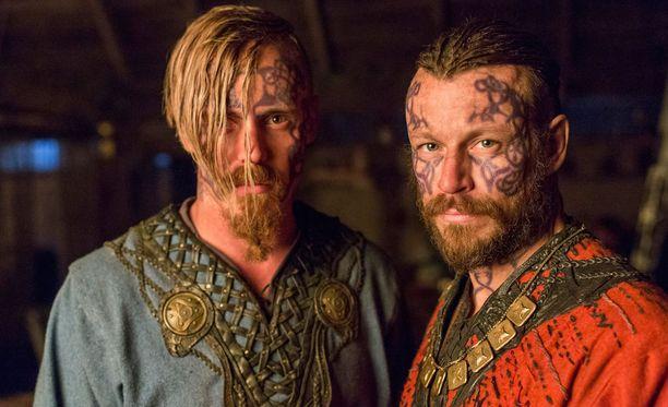 Viikingeissä Halvdan ja Harald kuvataan veljeksinä.