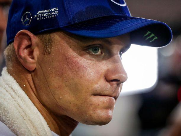 Hiki virtasi Valtteri Bottaksen ja muiden F1-kuskien kasvoilla viime vuoden Singaporen GP:n jälkeen.