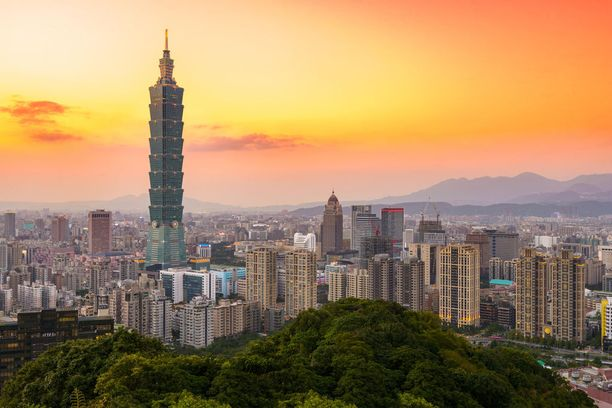 Taipein suurkaupunkitunnelmaa.