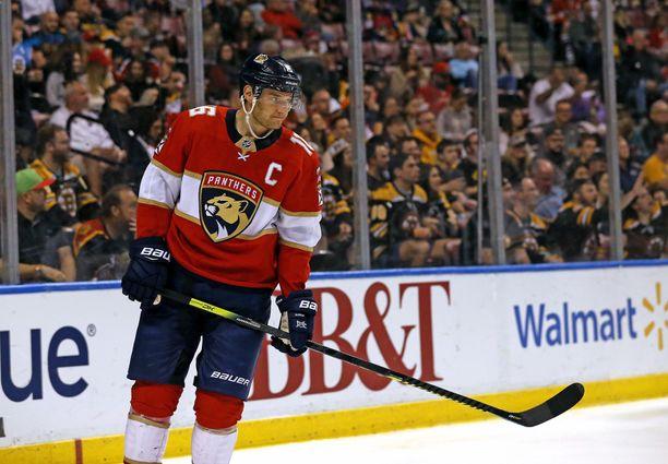 Aleksander Barkov on yhä tyrkyllä NHL:n tähdistöotteluun.