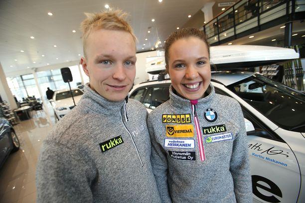 Juho Mikkonen toimii jatkossa avopuolisonsa Kerttu Niskasen valmentajana.