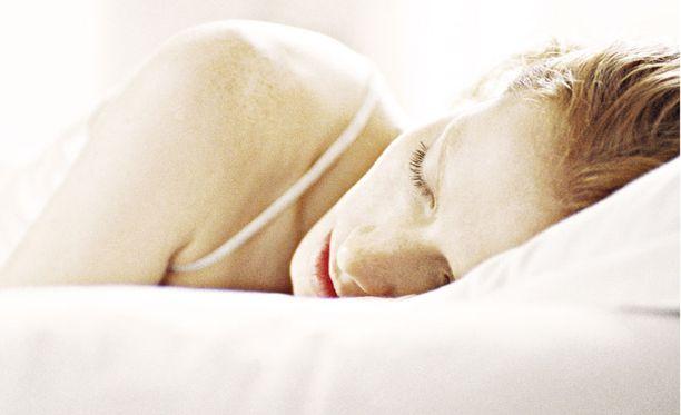 Unihäiriöt saavat ihmisen tekemään erilaisia asioita nukkuessaan tiedostamattaan.