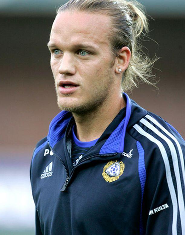 Mika Väyrynen esiintynyt tämän kauden Mestarien liigassa neljä kertaa eli lähes joka ottelussa.