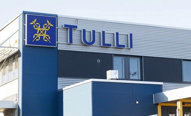 Rikosasia siirtyy Tullista syyteharkintaan Helsingin syyttäjänvirastoon.