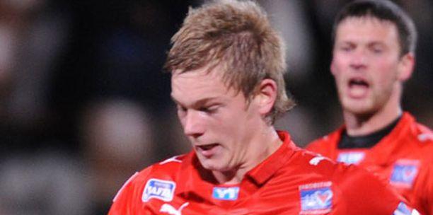 Ennen Italiaan siirtymistään Portin pelasi Jarossa.