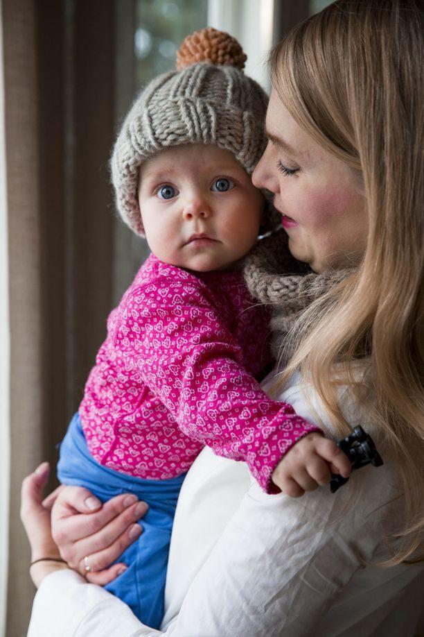 Perheen nuorimmainen on kymmenen kuukauden ikäinen Auni. Aunilla on 7, 6- ja 3-vuotiaat sisarukset.
