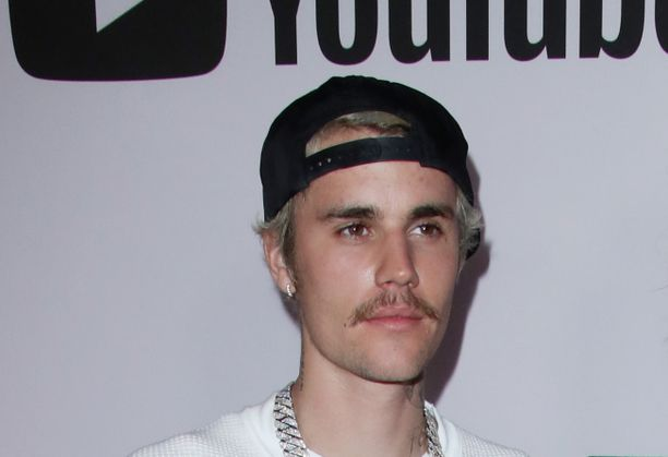 Justin Bieber jäi huumekoukkuun vain 13-vuotiaana.
