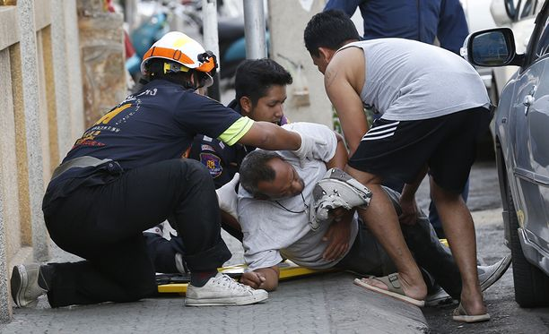 Suomalaistenkin suosimassa Hua Hinissa loukkaantui yli 20 ihmistä.