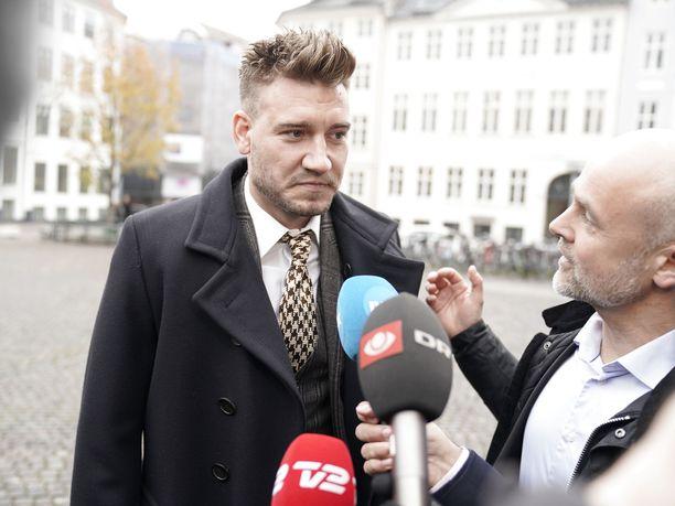 Nicklas Bendtner on usein kohujen keskipisteenä.