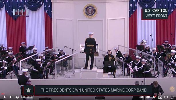 Merijalkaväki soitti Bidenin virkaanastujaisissa pätkän Finlandia-hymnistä.