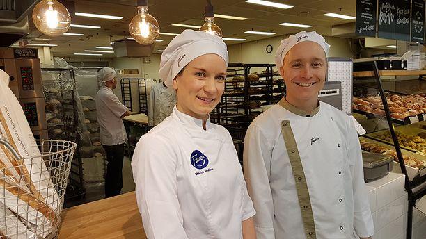 Tuotekehittäjä Maria Malinen ja leipuri Samuli Malmi.