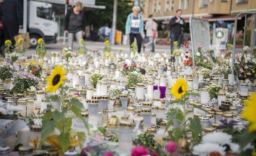 Kaksi ihmistä kuoli ja kahdeksan loukkaantui puukkoiskussa Turussa elokuussa.