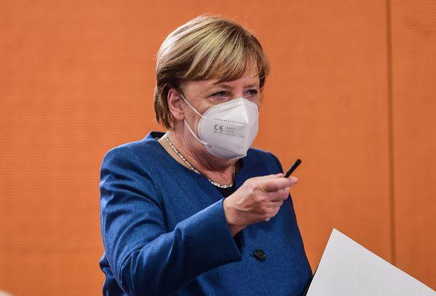 Angela Merkel ja Saksan osavaltioiden pääministerit tapaavat tänään keskiviikkona.