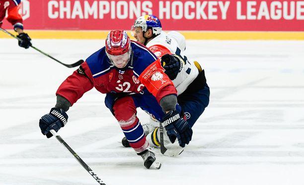HIFK kompuroi kapteeninsa Lennart Petrellin mallin mukaisesti itsensä ulos tämän kauden CHL:stä jo ennen pudotuspelivaiheen alkua..