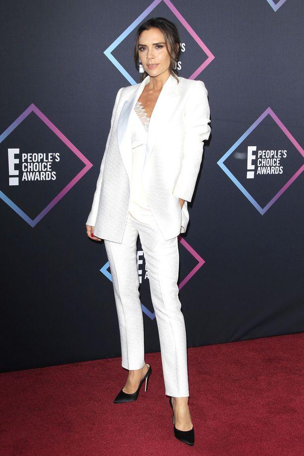 Muotisuunnittelija Victoria Beckham tuli tunnetuksi Spice Girls -yhtyeestä.