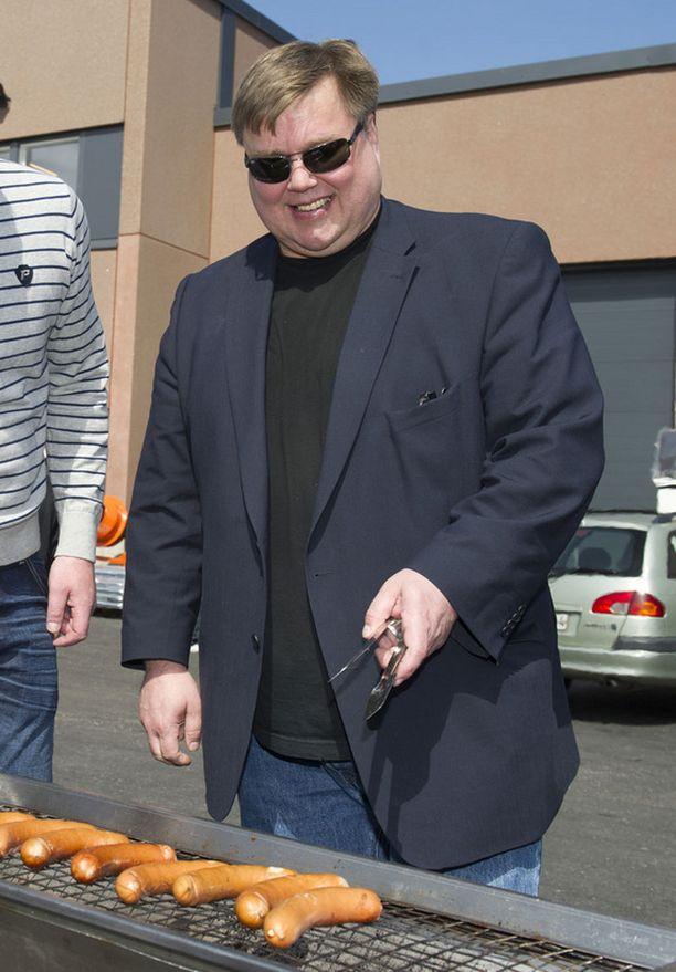 Timo Jutila osallistui grillaukseen lauantaina.