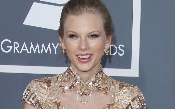 Laulajatähti Taylor Swift järjesti jymy-yllätyksen nuorelle syöpäpotilaalle.