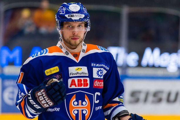 Ilves-pelit sytyttävät Tappara-kapteeni Jukka Peltolan.