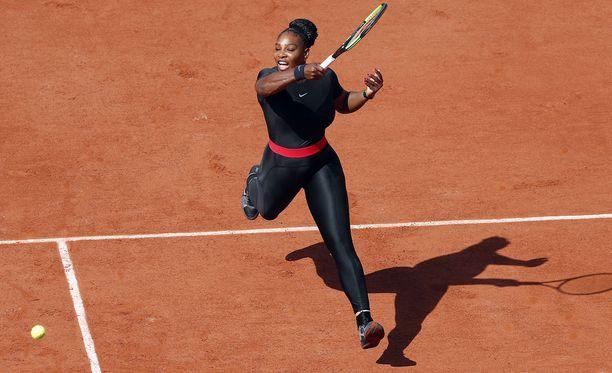 Serena Williamsin ihonmyötäinen tennisasu johtui supertähden mukaan häntä vaivanneista veritulpista.