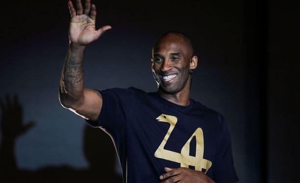 Fiksusti sijoittaneella Kobe Bryantilla on syytä hymyyn.
