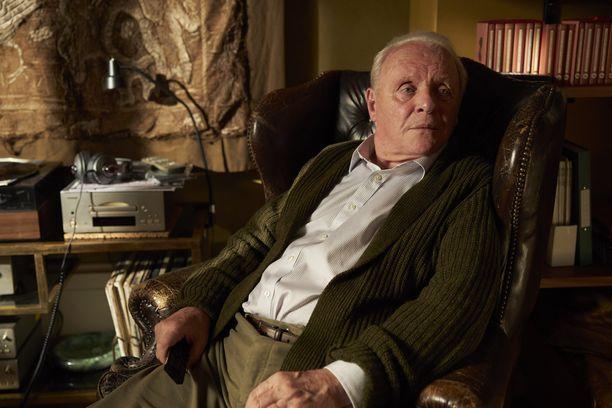 Anthony Hopkins sai tunnustusta roolisuorituksestaan Isä-elokuvassa.