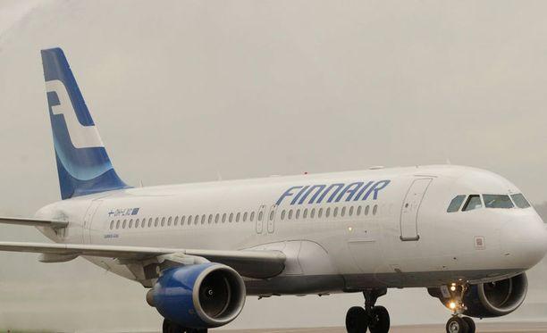 Lakko sekoitti tänään Finnairin lentoja.