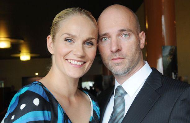 Pariskunta avioitui vuonna 2003.