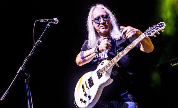 Mick Box on luotsannut Uriah Heep -yhtyettään menestyksekkäästi jo 47 vuoden ajan.