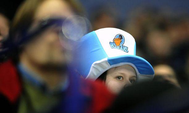 Pelicansin kannattajat eivät innostuneet seurajohdon ideasta.